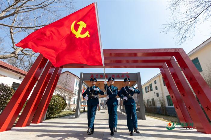 武警云南总队机动一支队开展冬季野营拉练大练兵